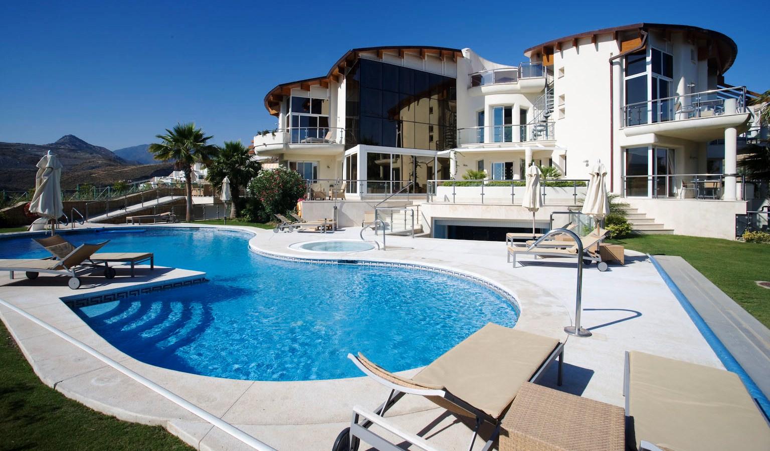Casas lujo marbella casa de dormitorios en marbella - Casas de lujo en marbella ...