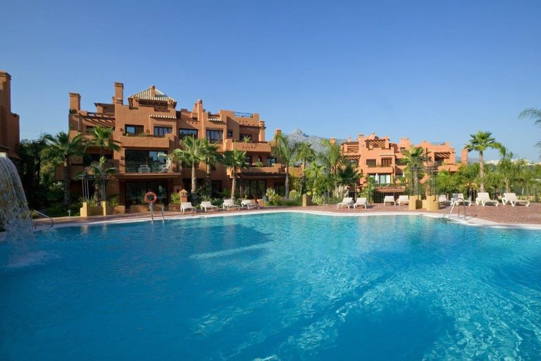 Properties for Sale -Nueva Andalucia Golf Valley