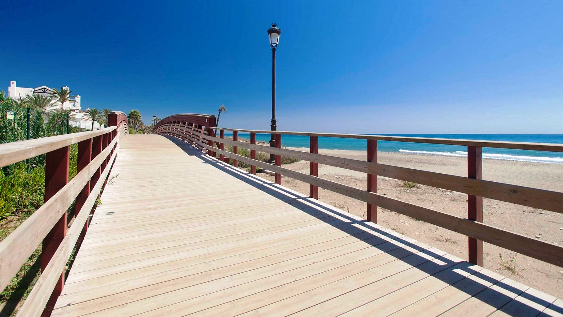 Why choose Marbella as a place to live - Marbella Unique Properties - Please do not hesitate to contact us