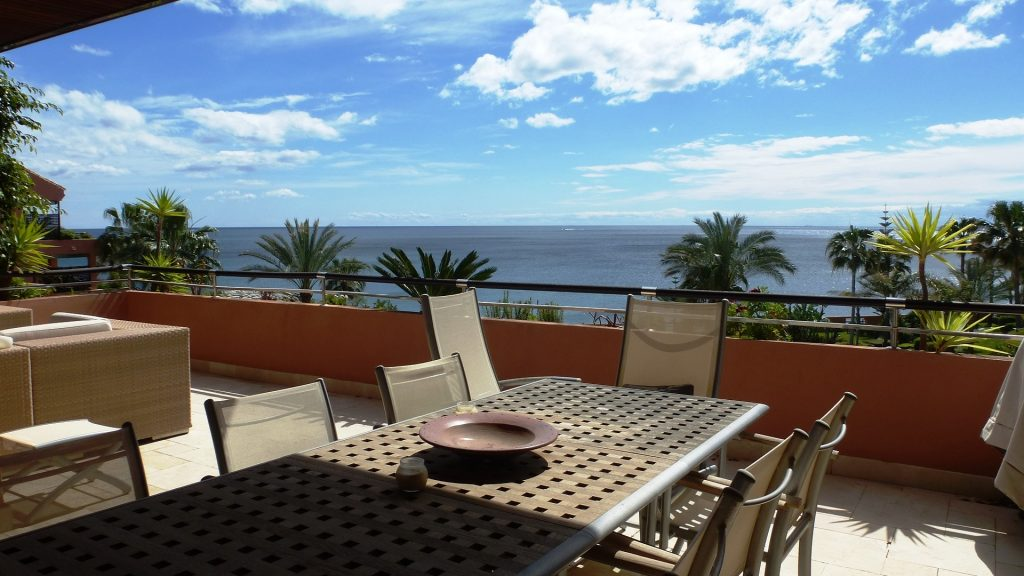 Puerto Banus y sus mejores urbanizaciones - Inmobiliaria Marbella Unique Properties