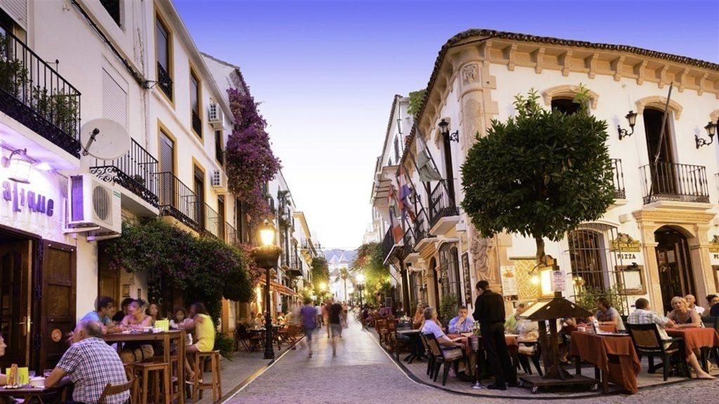 Semana Santa en Marbella - Itinerarios y Horarios - Inmobiliaria Marbella Unique Properties