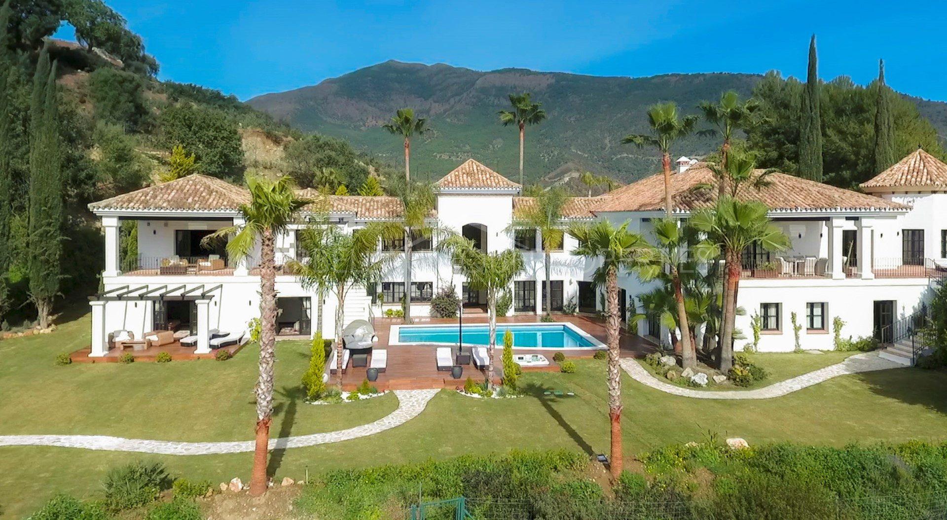 The Best Properties in La Zagaleta - Marbella Unique Properties - A fantastic 6 bedroom villa in La Zagaleta, 4.500.000€