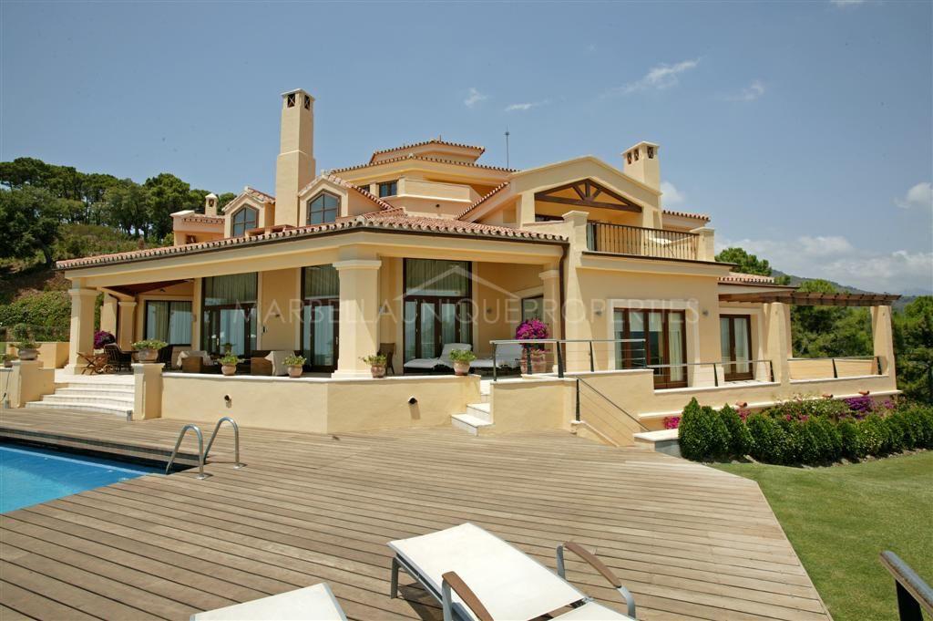 The Best Properties in La Zagaleta - Marbella Unique Properties - Stunning Spanish style 5 bedroom villa in the prestigious La Zagaleta, 6.200.000€