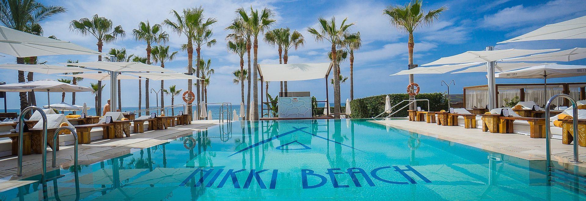 La Costa del Sol y sus exclusivos clubs de playa - Marbella Unique Properties - Nikki beach