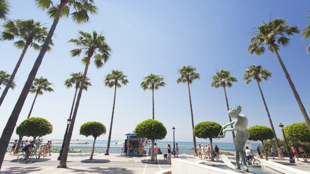Golden sand at your feet, Marbella and its best beaches
