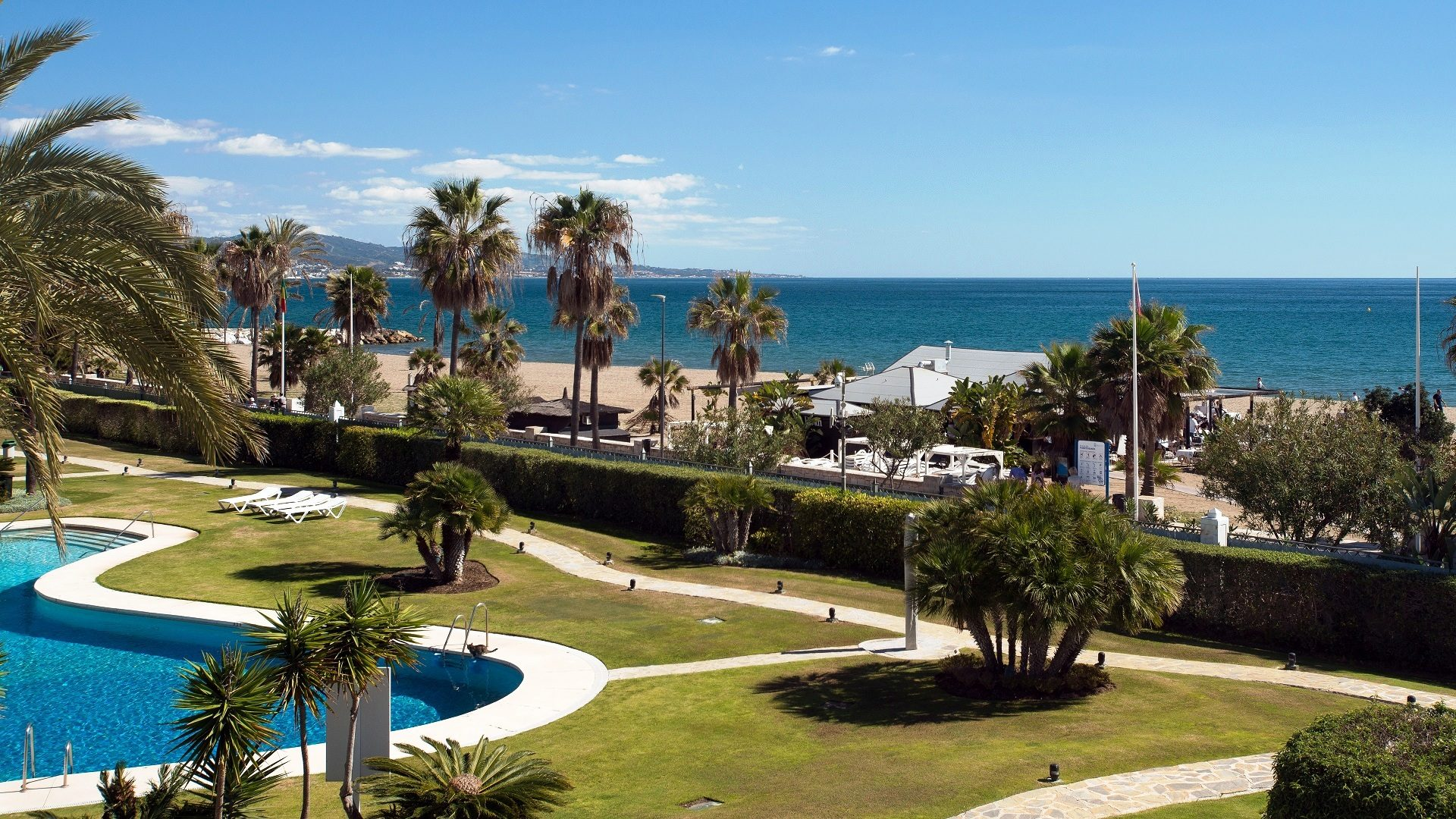 Cruise liner views... the best sea front complexes with fantastic views - Marbella Unique Properties real estate