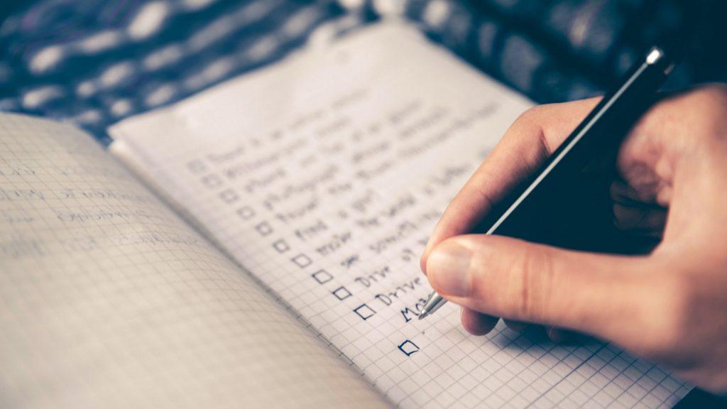 Cómo crear una lista de deseos para la propiedad de sus sueños