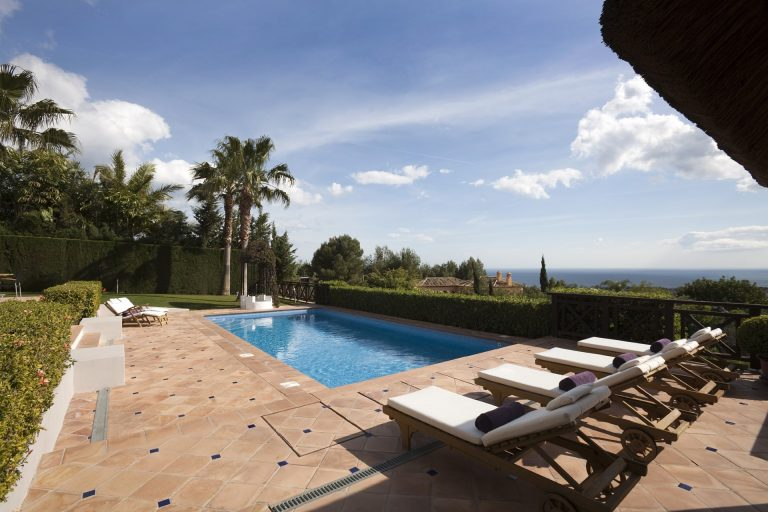 Stunning villa in Sierra Blanca for short and long term rental
