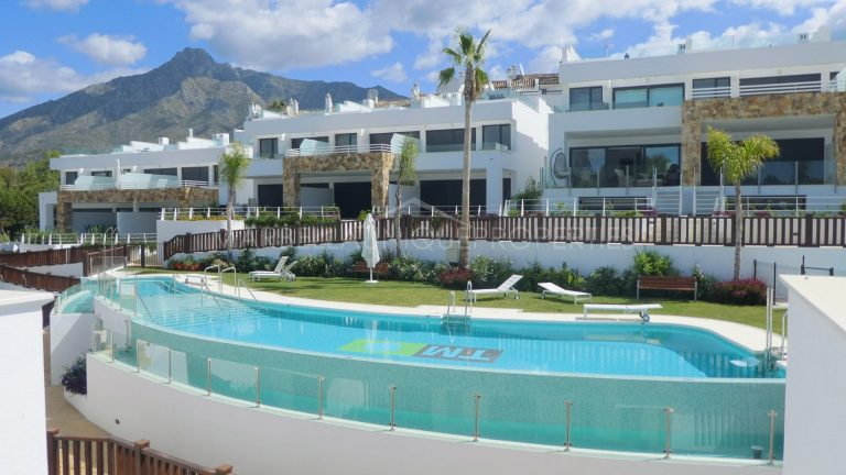 BRAND NEW 3 BEDROOM TOWNHOUSE ON MARBELLA'S GOLDEN MILE!