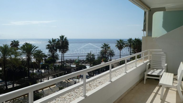 Marbella Town Center – 3 bedroom beachside apartment for Long Term Rental
